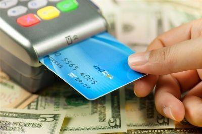 7 estratégias para não pagar anuidade do cartão de crédito - Valores ... 866639aef6fed